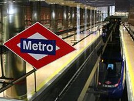 Discapacitados intelectuales aprenden a manejarse en el Metro