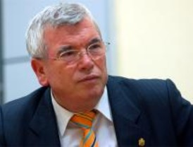 Pedro Castro responde al PP que no dimitirá