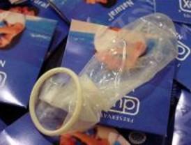 Polémica por enseñar a utilizar condones con 13 años