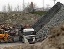 El PSOE denuncia el vertido ilegal de escombros por las obras de la M-30