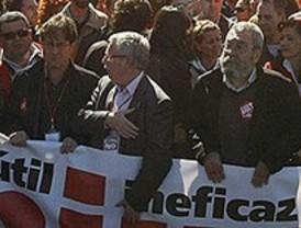 Los sindicatos llaman a la 'movilización permanente' en defensa de la salud y seguridad laboral