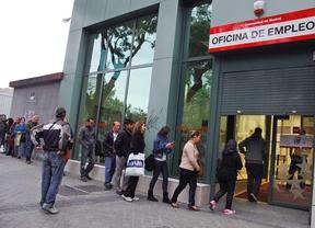 El desempleo sube en Madrid, con 690.900 parados, mientras desciende a nivel nacional