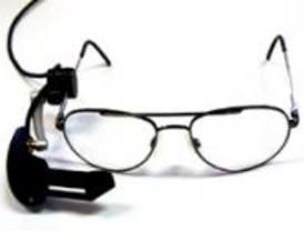 Unas gafas permitirán a los discapacitados ver una película con subtítulos