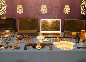 Objetos intervenidos a los criminales en la detención de la banda