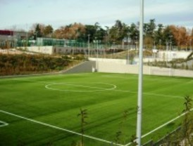 Abre el polideportivo Torrespaña
