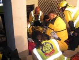 Una mujer de 84 años fallece tras un incendio en su casa en Aluche