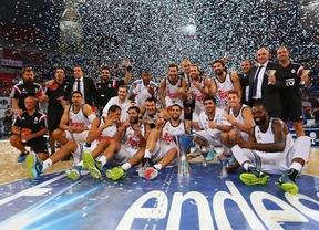 Llull tira de casta para arrollar al Barça y logar la tercera Supercopa consecutiva para los blancos