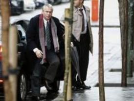 Garzón rechaza la acusación particular del PP en la trama de corrupción