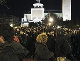 Concentración en apoyo a Grecia