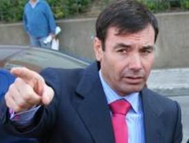Gómez elogia la inteligencia para hacer política de Zapatero