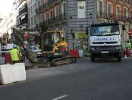 Los trabajos de pavimentación afectan a Serrano y a otras seis calles más