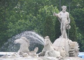 Proponen trasladar la estatua de Neptuno a Plaza de España