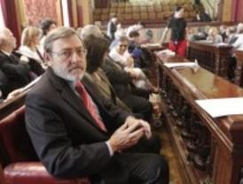 Lissavetzky pide investigar si se han empleado medios públicos para un uso privado