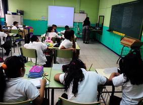 La Comunidad asegura ahora, en pleno proceso, que no hay un criterio único de escolarización