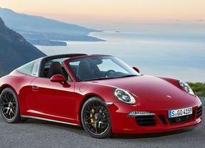 Porsche Targa 4 GTS y Cayenne Turbo S, estrellas en el Salón de Detroit