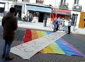 Chueca pone freno a los 'ataques' homófobos