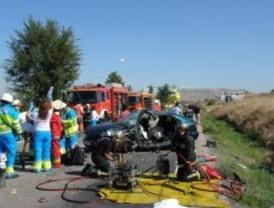Herido grave tras chocar con su vehículo contra un camión de gran tonelaje en la M-203