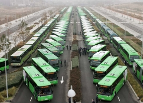 Los buses interurbanos ahorran dos euros por kilómetro