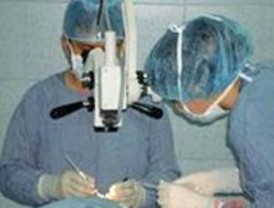Condenan a un oftalmólogo a pagar 16.000€ por mala praxis en una operación de cataratas