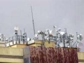 Piden a Sebastián que se rebaje la potencia de las antenas de telefonía móvil