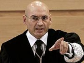 El juez Bermúdez felicita a la Policía Municipal por su comportamiento tras el 11-M