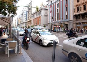 Esperanza Aguirre huye de la Policía cuando le iban a poner una multa