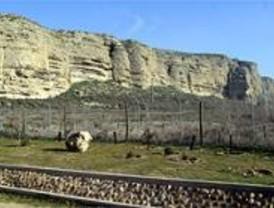 Unos 800 vecinos de Rivas protestan por la degración del parque del Sureste