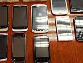 Robaban smartphones falsos para venderlos como auténticos en tiendas de segunda mano