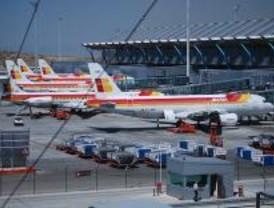 Iberia reubica a los pasajeros tras cancelar ocho vuelos