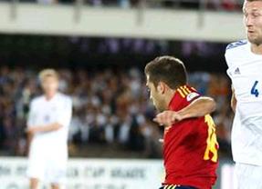 Alba y Negredo ponen a España con un pie en Brasil