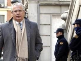 El Supremo absuelve por mayoría a Garzón por la investigación de los crímenes del franquismo