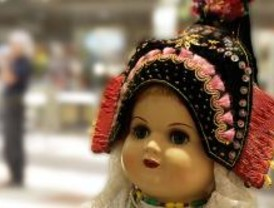 La historia de las regiones, contada por unas muñecas