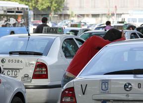 La Policía detiene al ladrón de taxis cuando robaba otro con un bebé en su interior