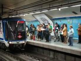 Dos averías en el Metro provocan retrasos y aglomeraciones en hora punta