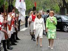 Aguirre recuerda labor del pueblo Madrid en defensa de la patria