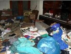El Ayuntamiento ha recogido 88.100 kilos de basura acumulada por enfermos de Diógenes