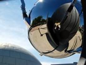 Madrid homenajea al Sputnik con una reproducción del satélite a tamaño real
