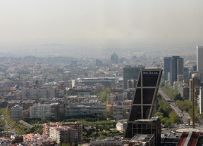 Ayuntamientos y Comunidad se reúnen para combatir la contaminación del aire