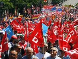 Miles de personas se manifiestan en Madrid a favor del empleo en Europa