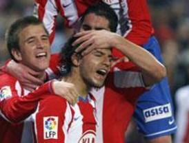 4-2: El 'Kun' se basta para tumbar al Barcelona