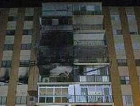 Paralizadas las obras del edificio incendiado en Alcalá de Henares