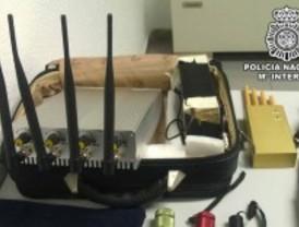 Cinco detenidos sospechosos de atracar joyerías