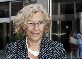 Carmena apoya un acto de la Plataforma de Afectados por la Hepatitis C