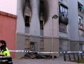 Muere una niña de 7 años al incendiarse su casa en Cornellá de Llobregat