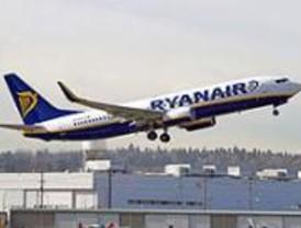 Ryanair prevé un millón de pasajeros en el primer año de su nueva base en Barajas