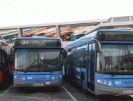 Los transportes disminuyen sus servicios en agosto