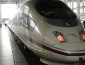 Renfe y Air Europa ponen mañana a la venta el primer billete conjunto 'tren+avión'