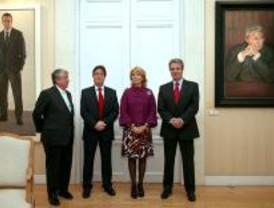 Aguirre, CEIM y sindicatos firman un pacto para generar 80.000 empleos
