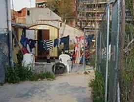 El 15-M 'toma' el poblado de Puerta de Hierro para evitar su derribo