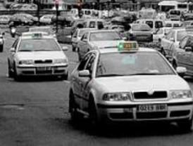El Ayuntamiento y la Cámara impartirán cursos de inglés a taxistas, camareros y dependientes